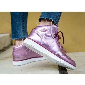 NEW Nike Air Jordan 1  Mid Metallic Pink Rise (SE)